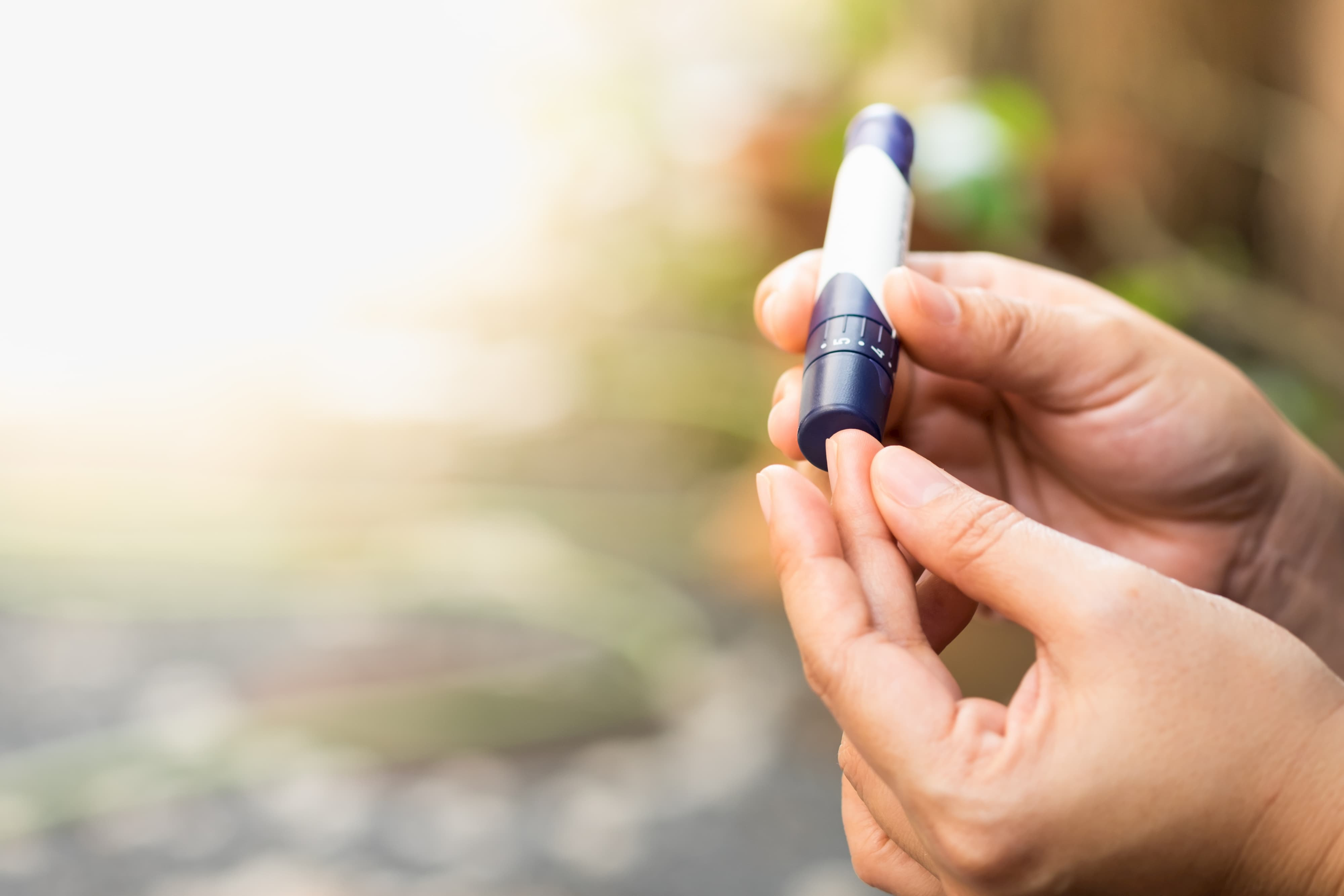 blood-sugar-monitor
